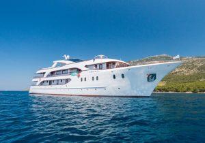 Яхта Admiral в Хорватии